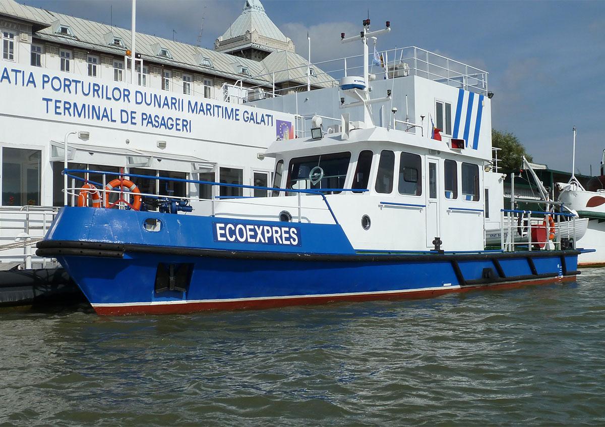 Oil spill assistance vessel